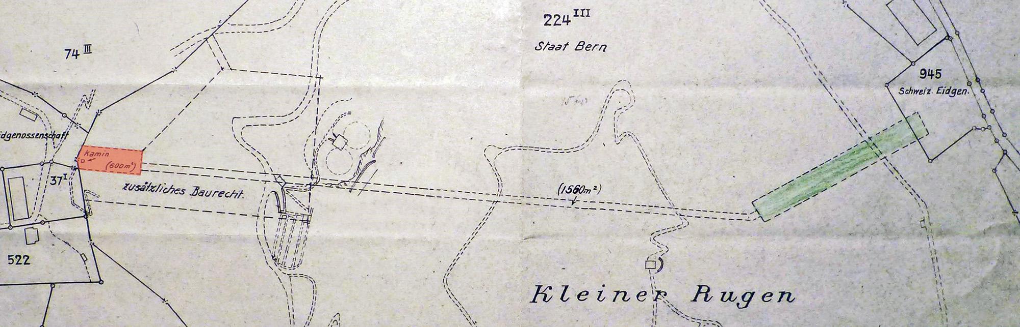 Grün der Luftwaffen-Lagerstollen (100 m lang), rot die ursprüngliche Rugen-Kaverne - der Verbindungsgang zeigt die Dimensionen.